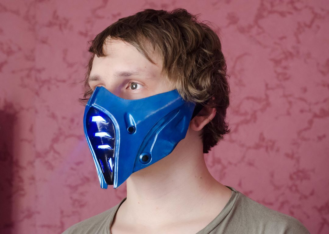 I Represent To You My Work A Mask Of Sub Zero From Injustice 2 Mask Glows Blue