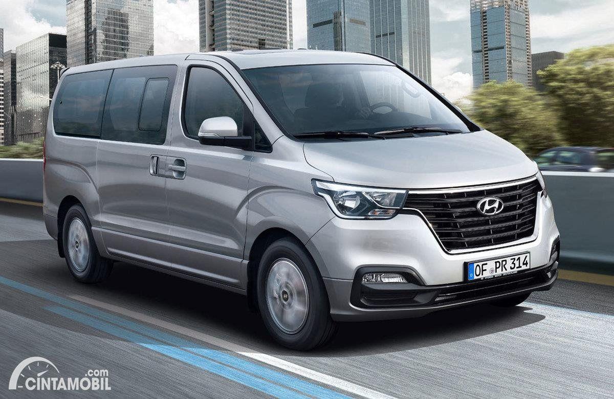 10 Pilihan Mobil Minibus Untuk Liburan Bareng Keluarga Besar Mobil Liburan