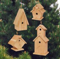 Birdhouse Village Diy Woodcraft Pattern This Simple Project Turns Leftover Wood Pieces Into Four Lovely Full Size Birdhouses Precise Plans Guarantee