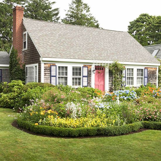 Garden Design Tips  Use A Miniature Boxwood Hedge To Create A Border For  Flower Area
