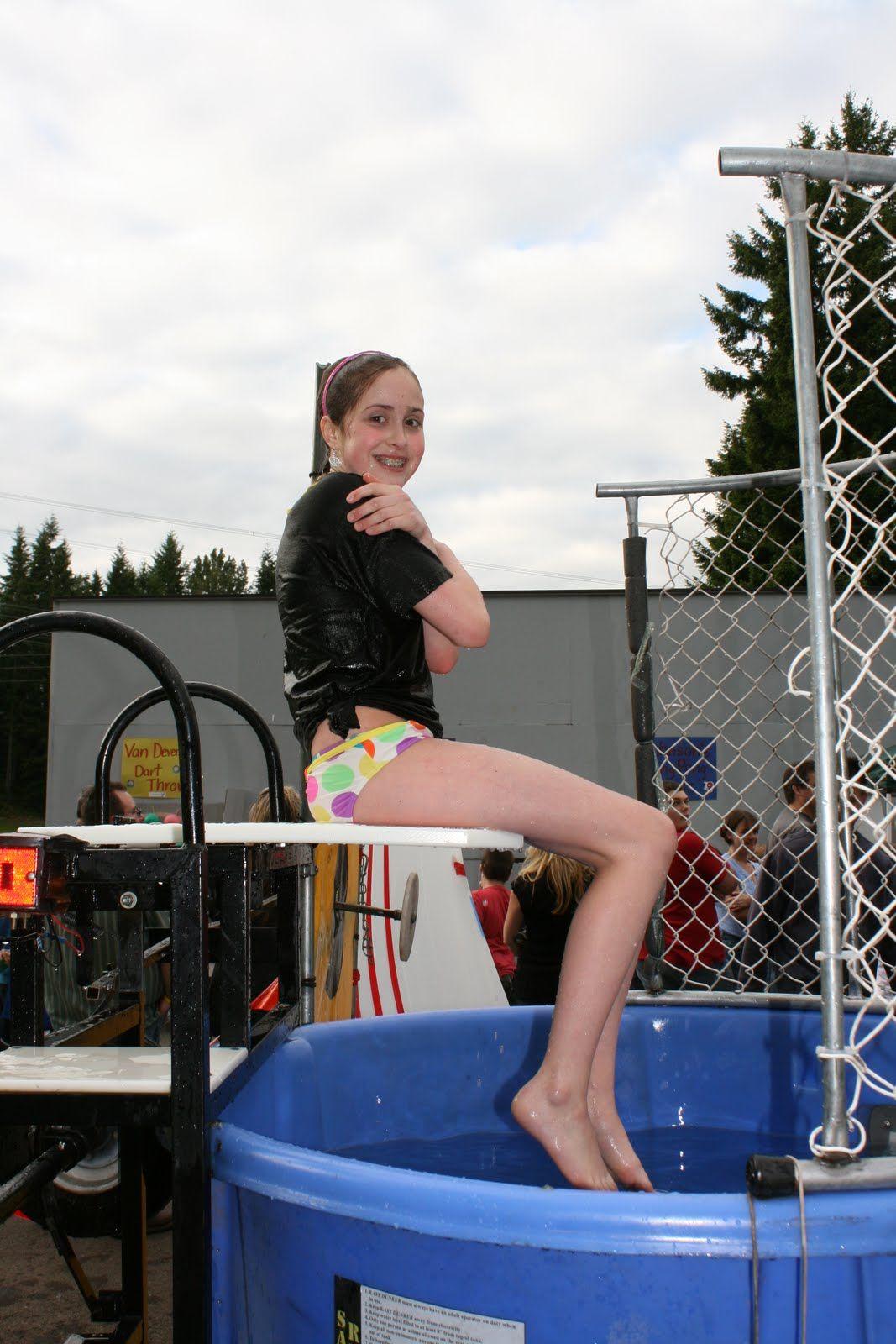 hot women in dunk tanks