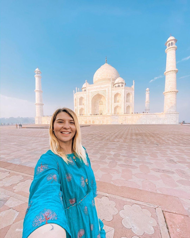 Ellie Quinn - The Wandering Quinn | Taj Mahal | Instagram