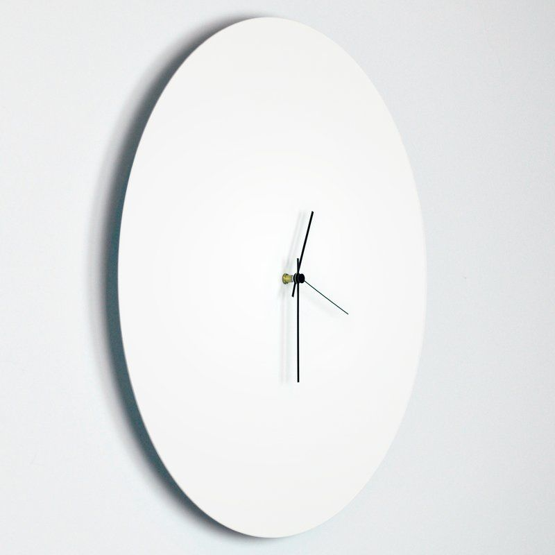 A Minimalist Twist On The Traditional Wall Clock Resolve To Find