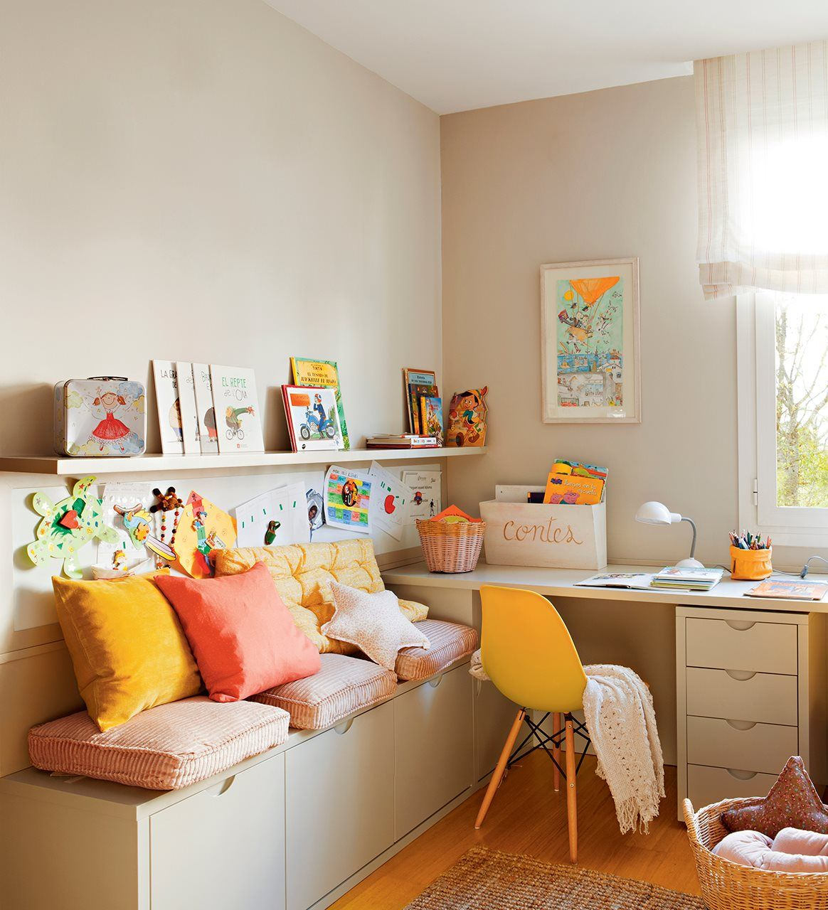 Zona De Estudio Con Muebles A Medida Proyectados Por  ~ Mesas Y Sillas Infantiles En El Corte Ingles
