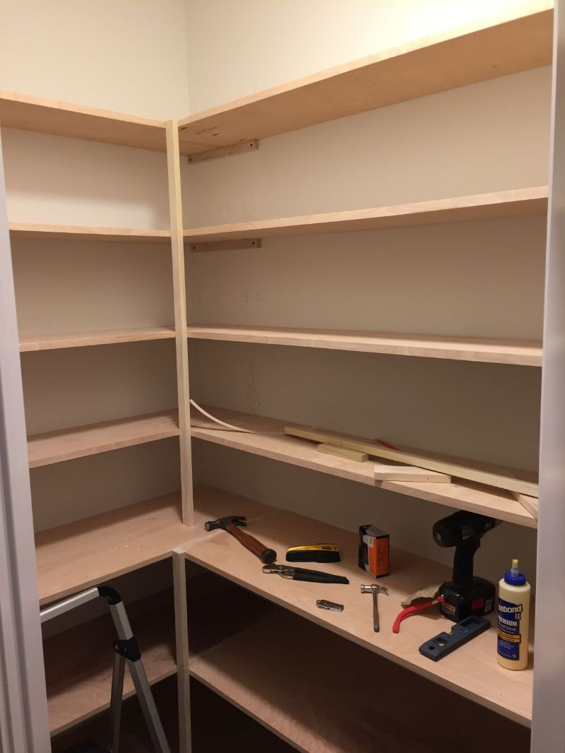 How to Build a Custom Pantry #pantryshelving
