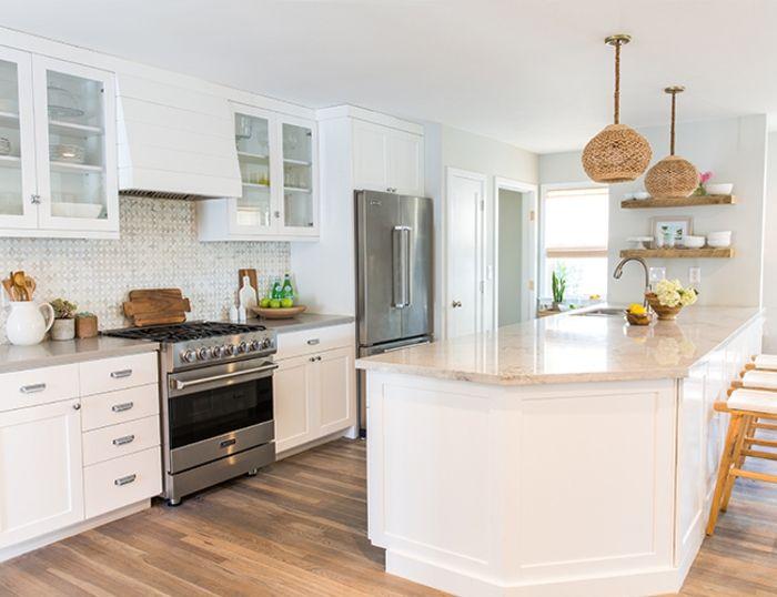 1001 ideas de decoraci n de cocina americana cocina for Cocina blanca encimera beige