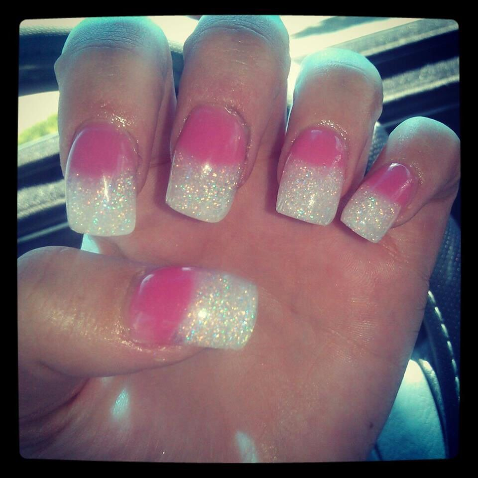 Short/thick hot pink and white glitter acrylic nails | My ...