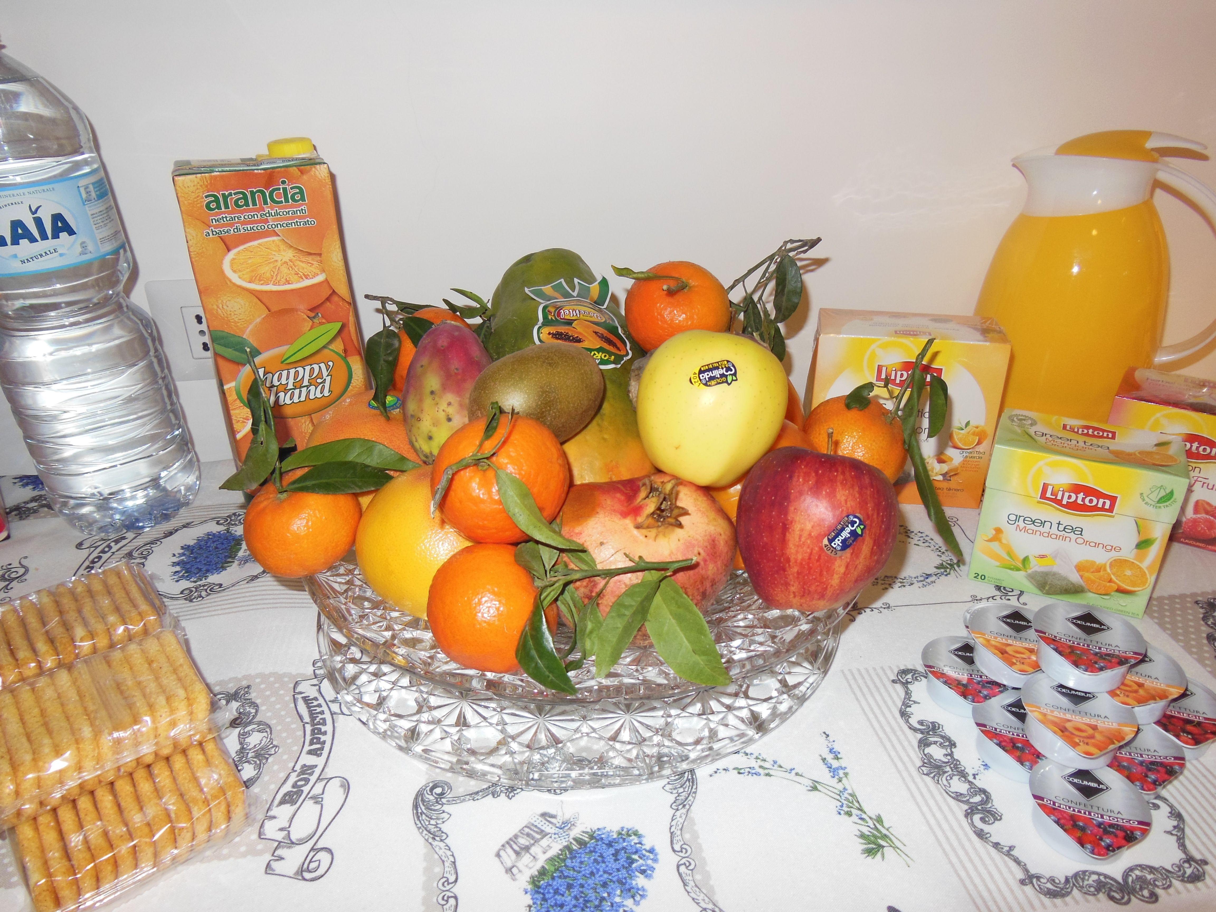 Colazione nella sala da pranzo - Bed and Breakfast L ...