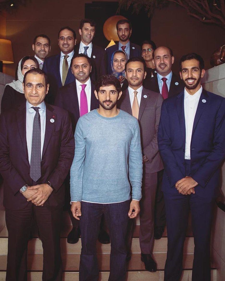 Faz3 سمو الشيخ حمدان بن محمد بن راشد آل مكتوم ولي عهد دبي في صورة جماعية مع السفراء و عدد من الدبلوم My Prince Charming My Prince Prince Charming