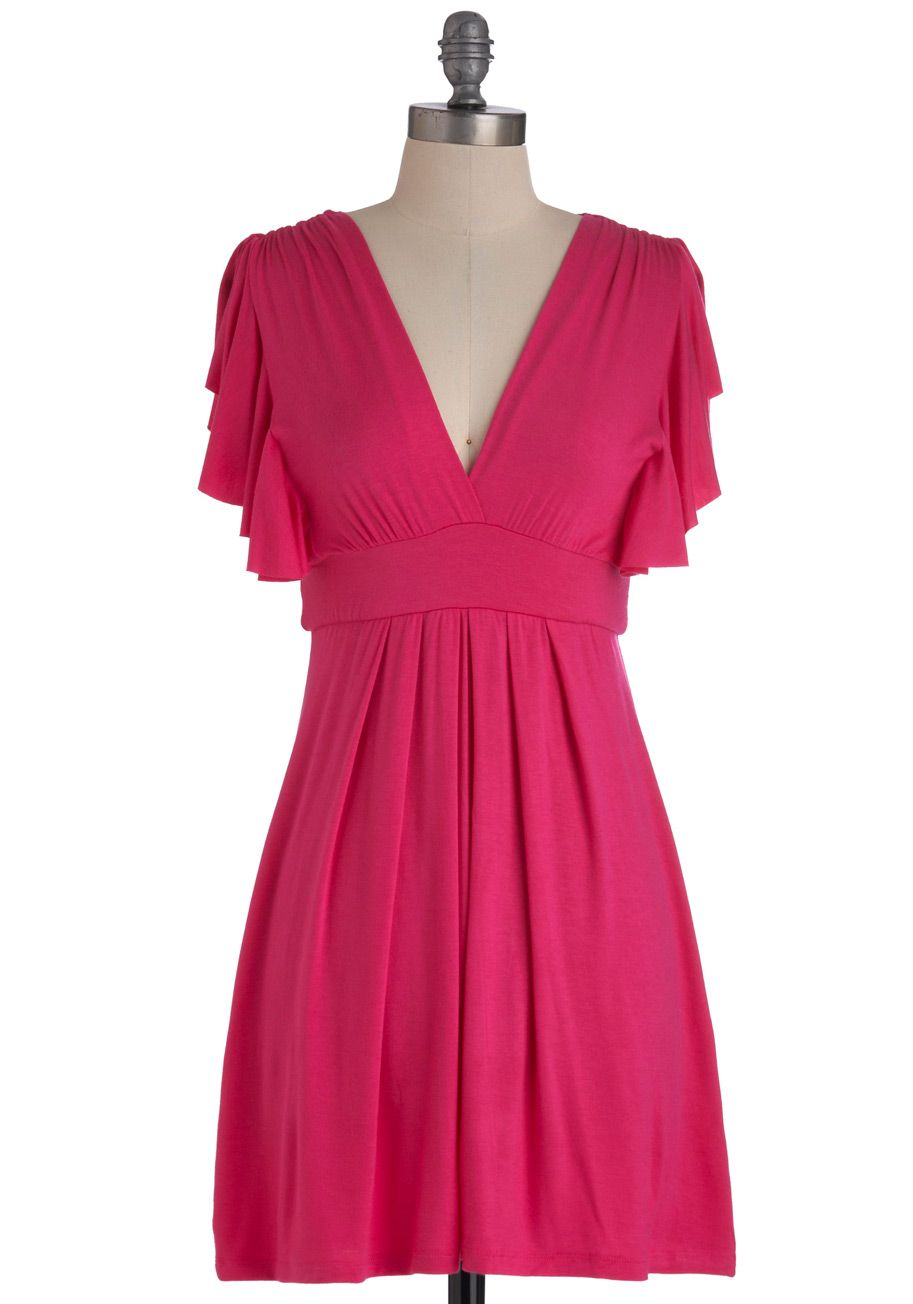 Plum Role Dress In Fuchsia This Item Is A New Colorway Of One Of Your Favorite Be The Buyer Picks An Fuchsia Dress Pretty Outfits Casual Wedding Guest Dresses [ 1304 x 913 Pixel ]