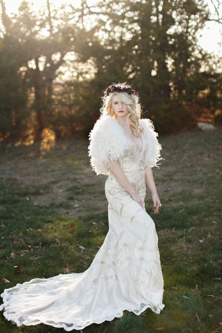 The Chic Vintage Winter Bride S Dilemma Feather Or Fur