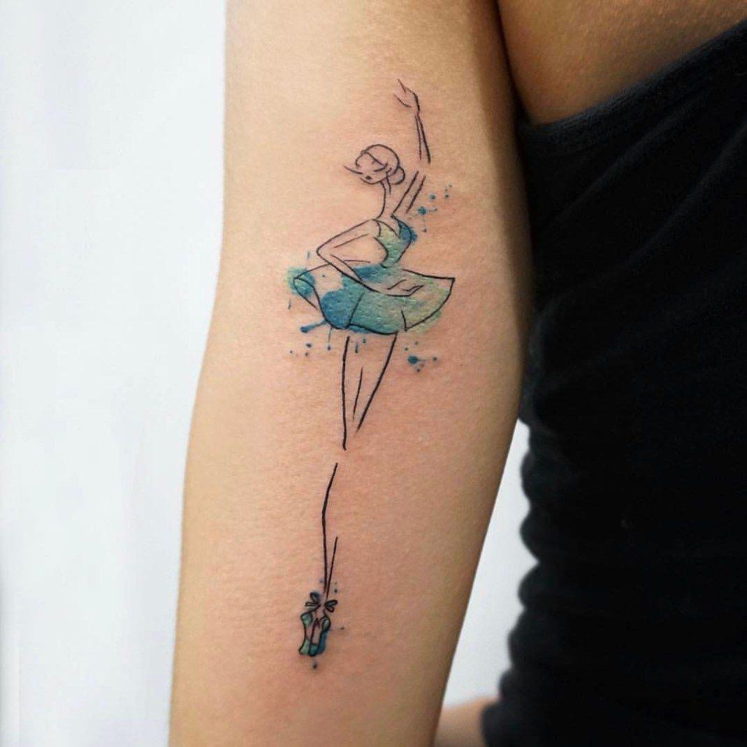 Tatuagem De Bailarina Com Vestido Azul, Em Estilo Aquarela