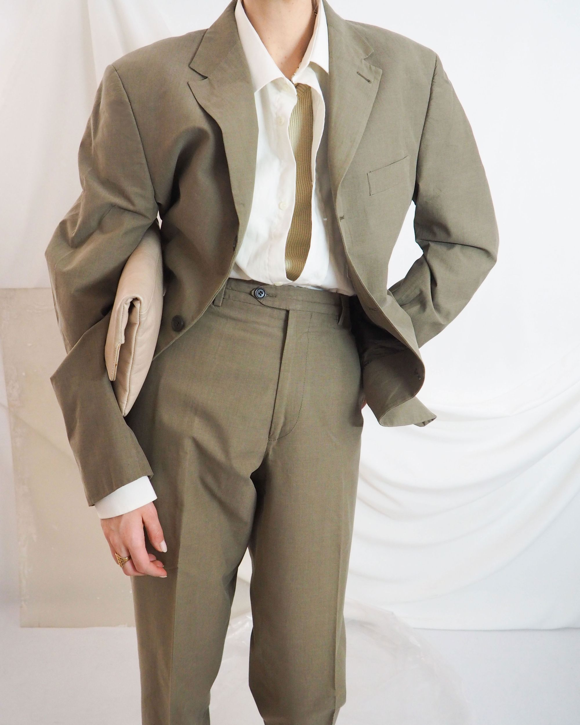 Vintage Pant Suit In Olive Green With Cream Shirt And Leather Clutch Untitled 1991 In 2020 Vintage Pants Vintage Outfits Cream Shirt