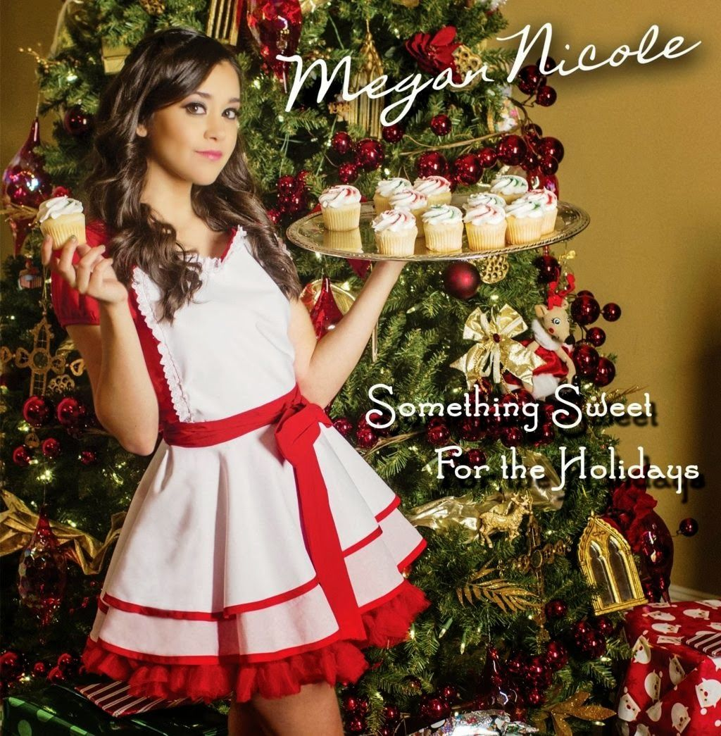 MEGAN NICOLE HOT CHRISTMAS WALLPAPER DOWNLOAD | HAPPY CHRISTMAS ...