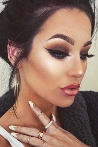 Glamour Boasting And Simple Prom Makeup Ideas See More Http Glaminati Com Prom Makeup Ideas Dramatic Wedding Makeup Prom Makeup Eye Makeup