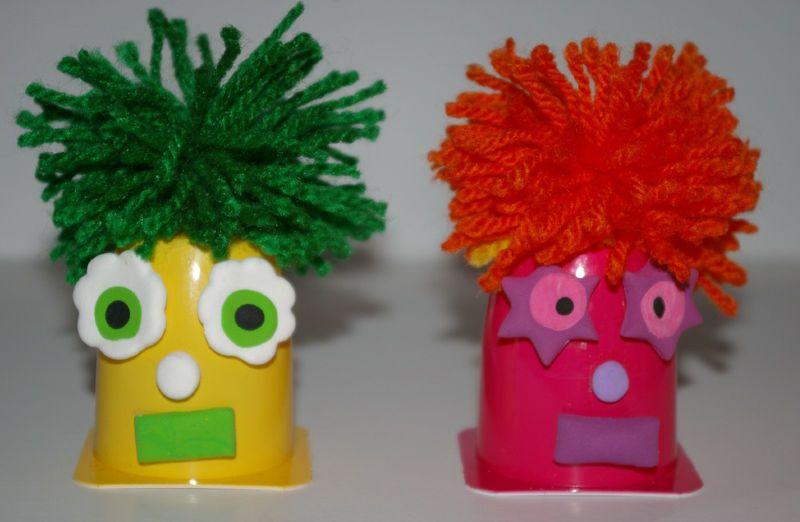 bonhomme petit suisse bricolage enfants petit suisse pots de yaourt et bonhomme