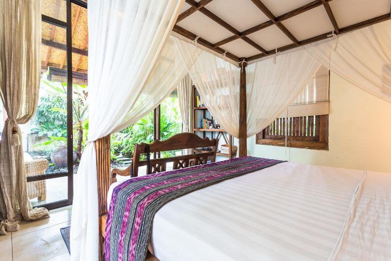 Land villas for sale rent in ubud bali sale house
