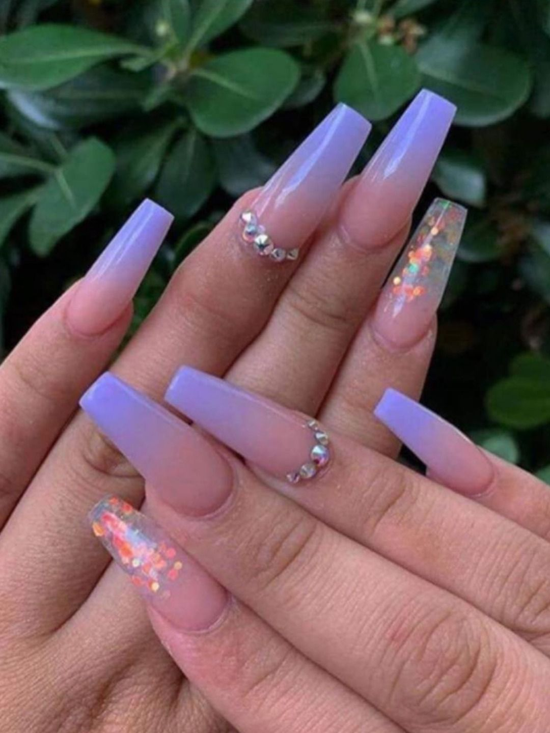 Cute Coffin Purple Ombre Nails 2019 With An Accent Glitter Nail