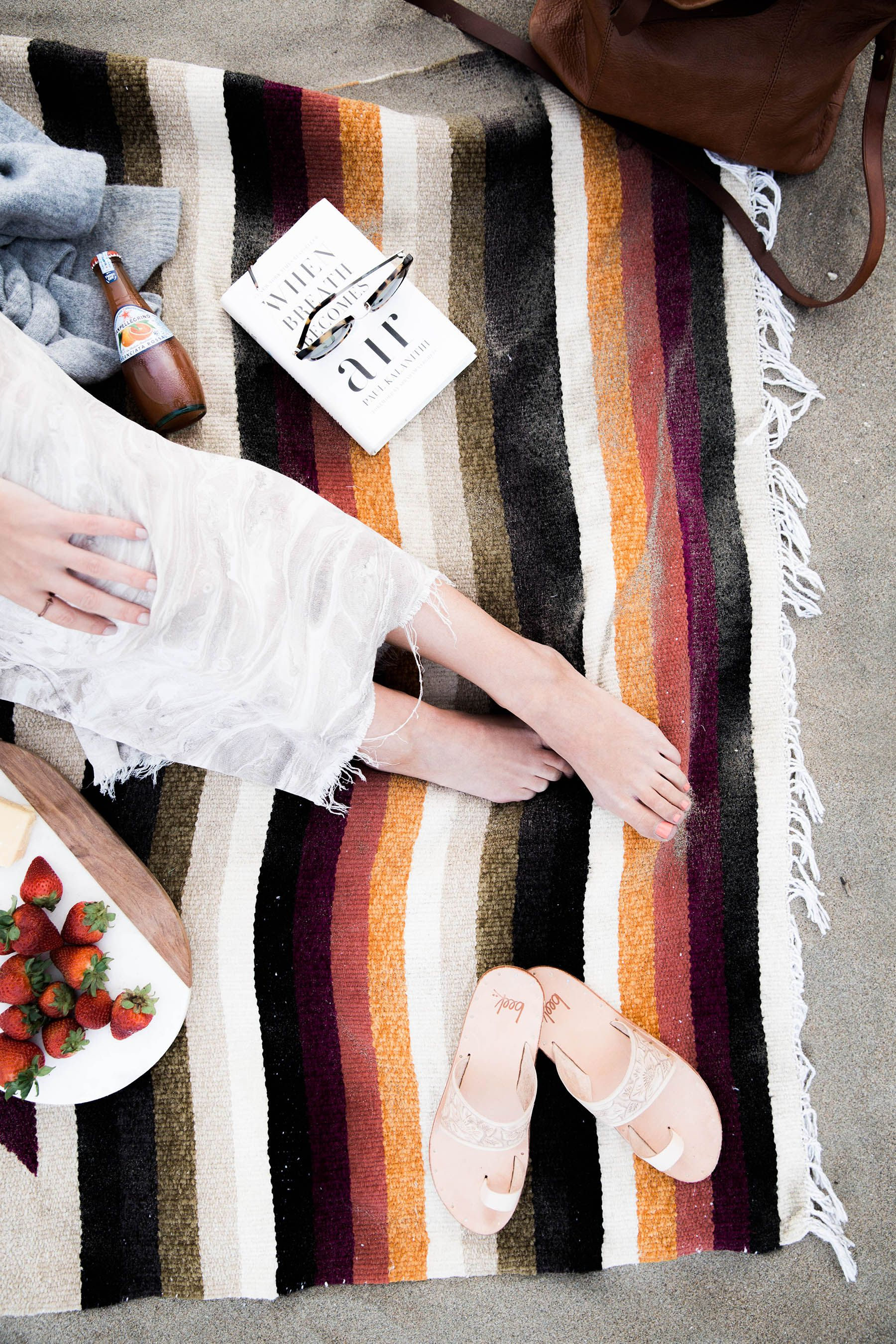 5 Must Haves for an Impromptu Picnic on the Beach | Beach