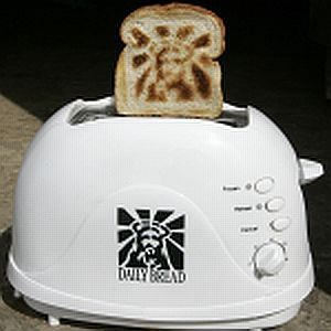 The Jesus Toaster...can I put the bread for bid on ebay? Or maybe someone  will want to buy them for a shrine. It can go next to the…   Toaster,  Jesus, Cool