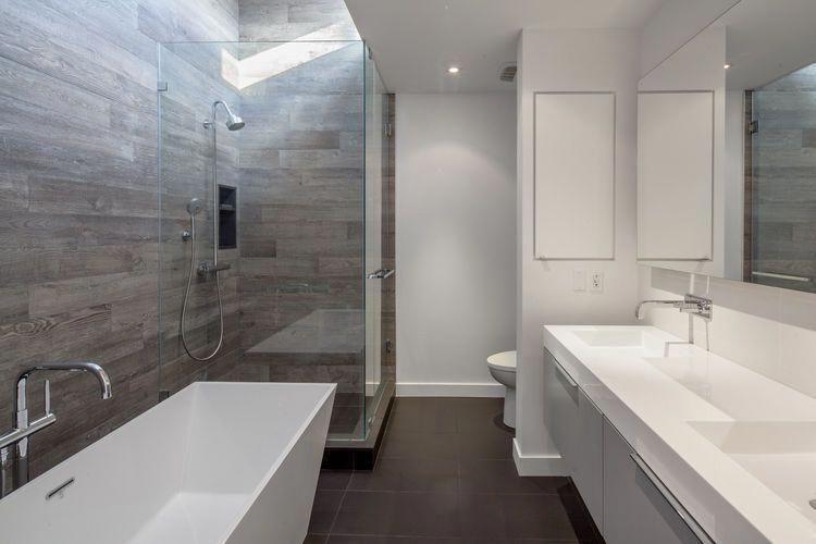 bathroomfaucet craft ideas for bathroom walls bathroomstyle rh in pinterest com Guest Bathroom Decorating Ideas Bathroom Wall Decor