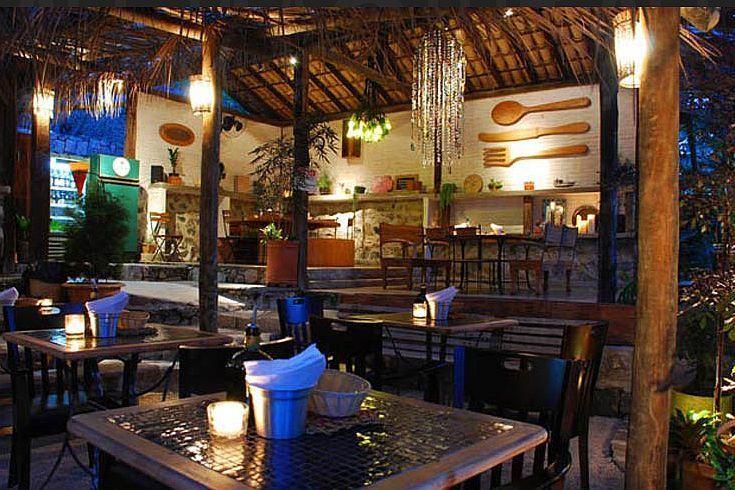 decoraç u00e3o restaurante rustico dinner rustic wood flowers decor Decoraç u00e3o Bares  -> Decoração De Restaurante Rustico