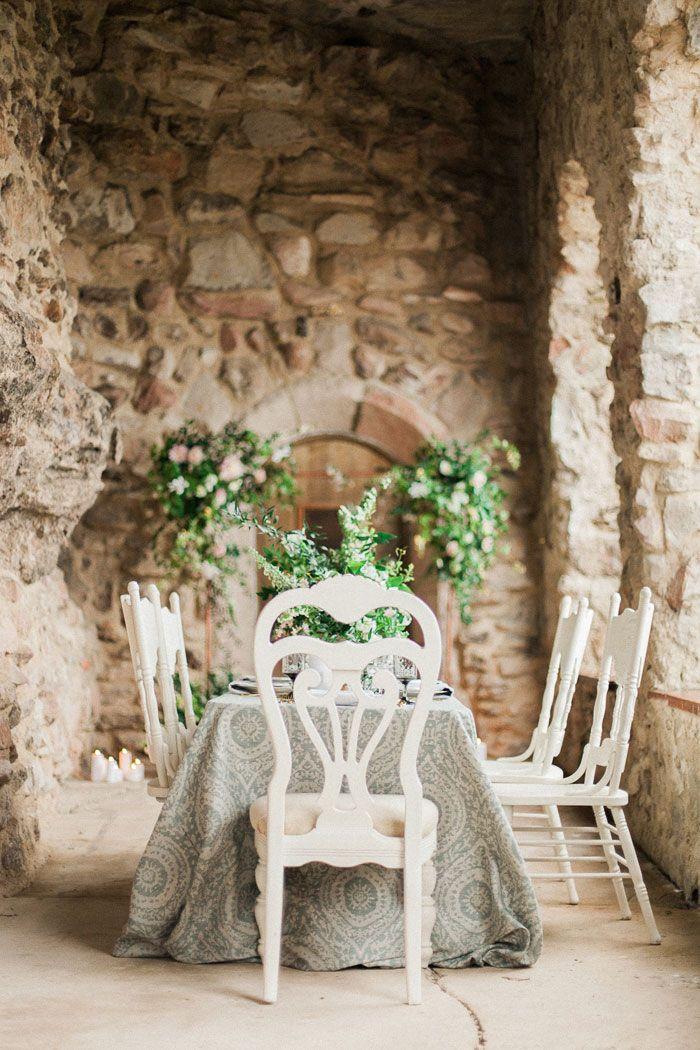 La Tavola Fine Linen Rental Maldives Ocean with Tuscany White - fresh blueprint furniture rental
