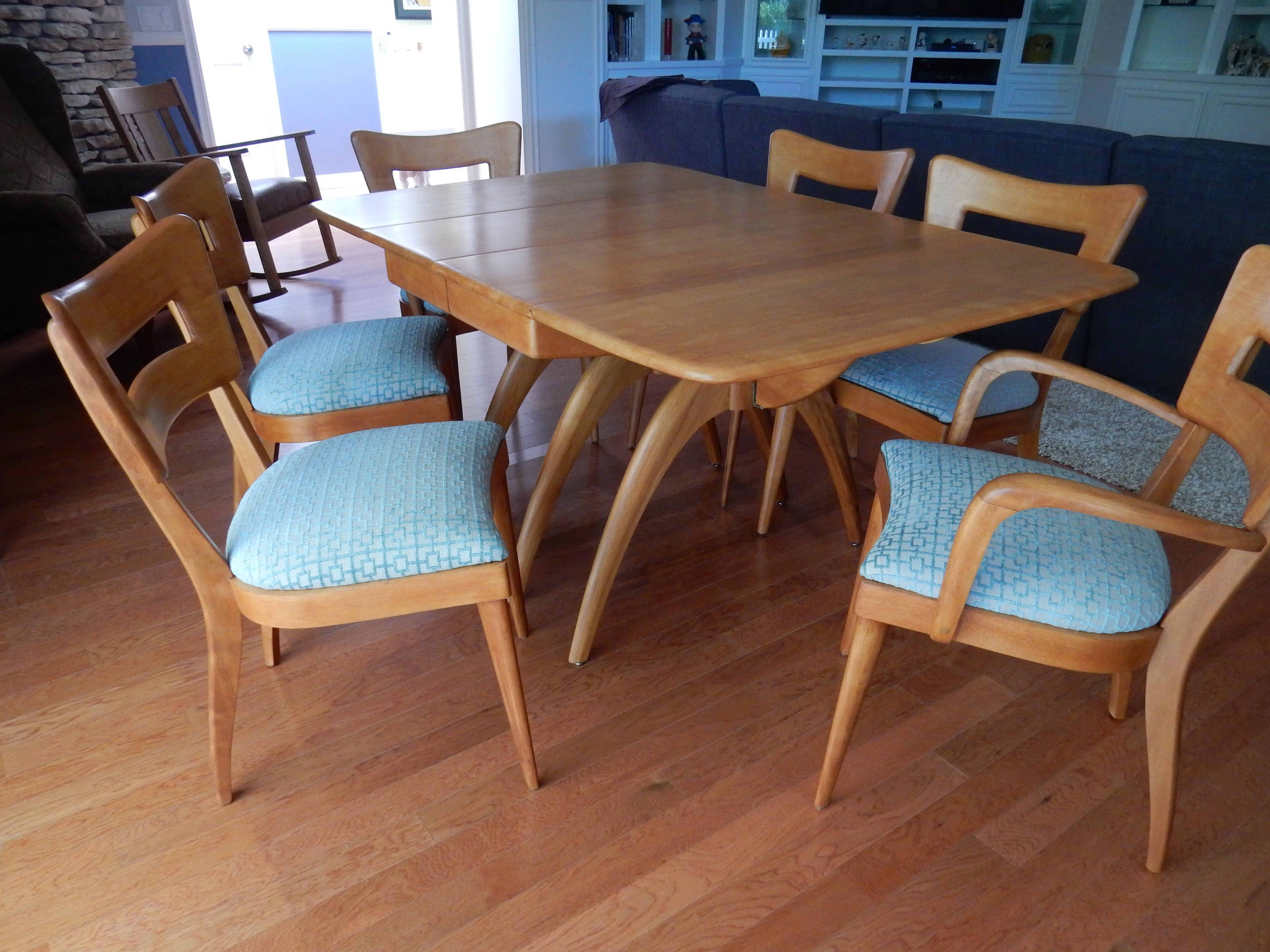Heywood Wakefield Refinished Wishbone Dining Table And Chairs