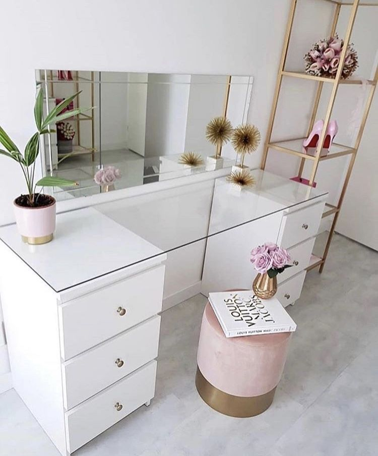 ᴘɪɴterest Evelynspinz Built In Dressing Table
