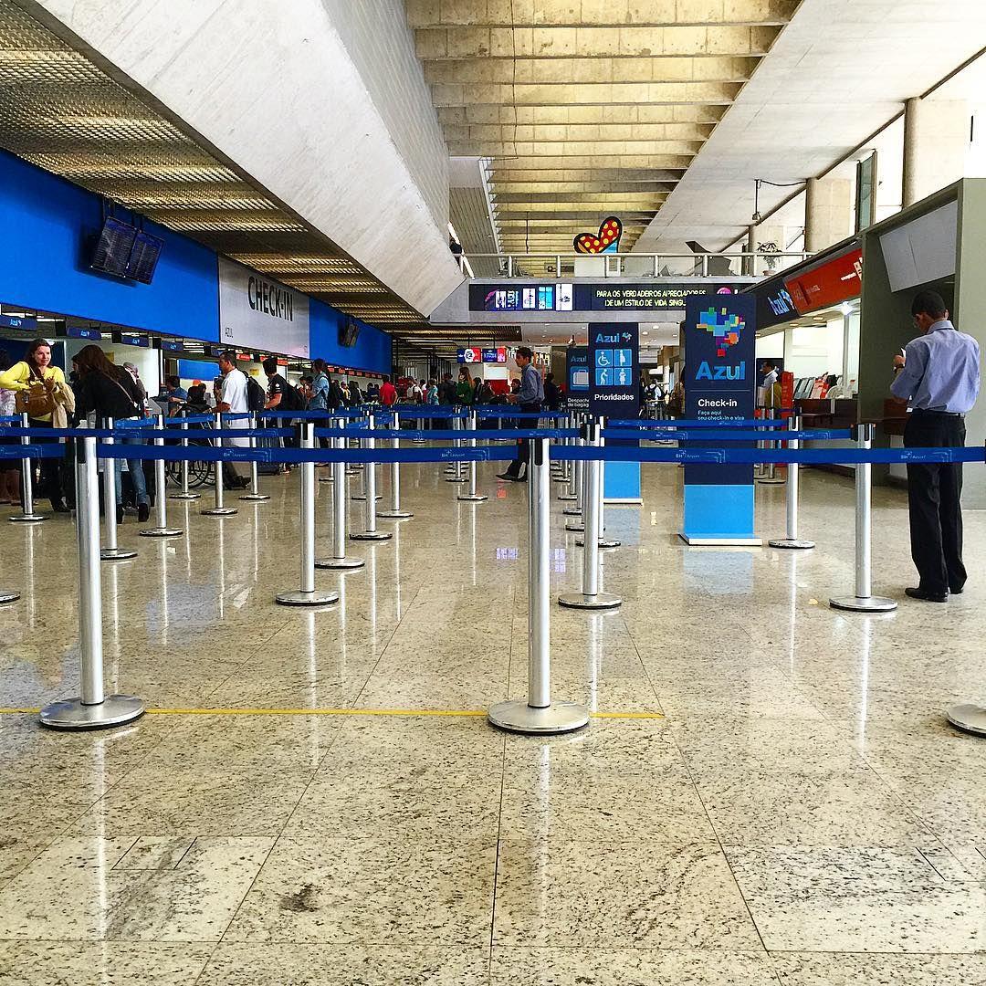 Terminal 1 do Aeroporto Internacional de Belo Horizonte. #cnf #cnfaovivo #sbcf #bh #bhz #bhairport #bhairportcargo #aeroporto #aeroportodebh #aeroportodeconfins #aeroportointernacionaldebelohorizonte
