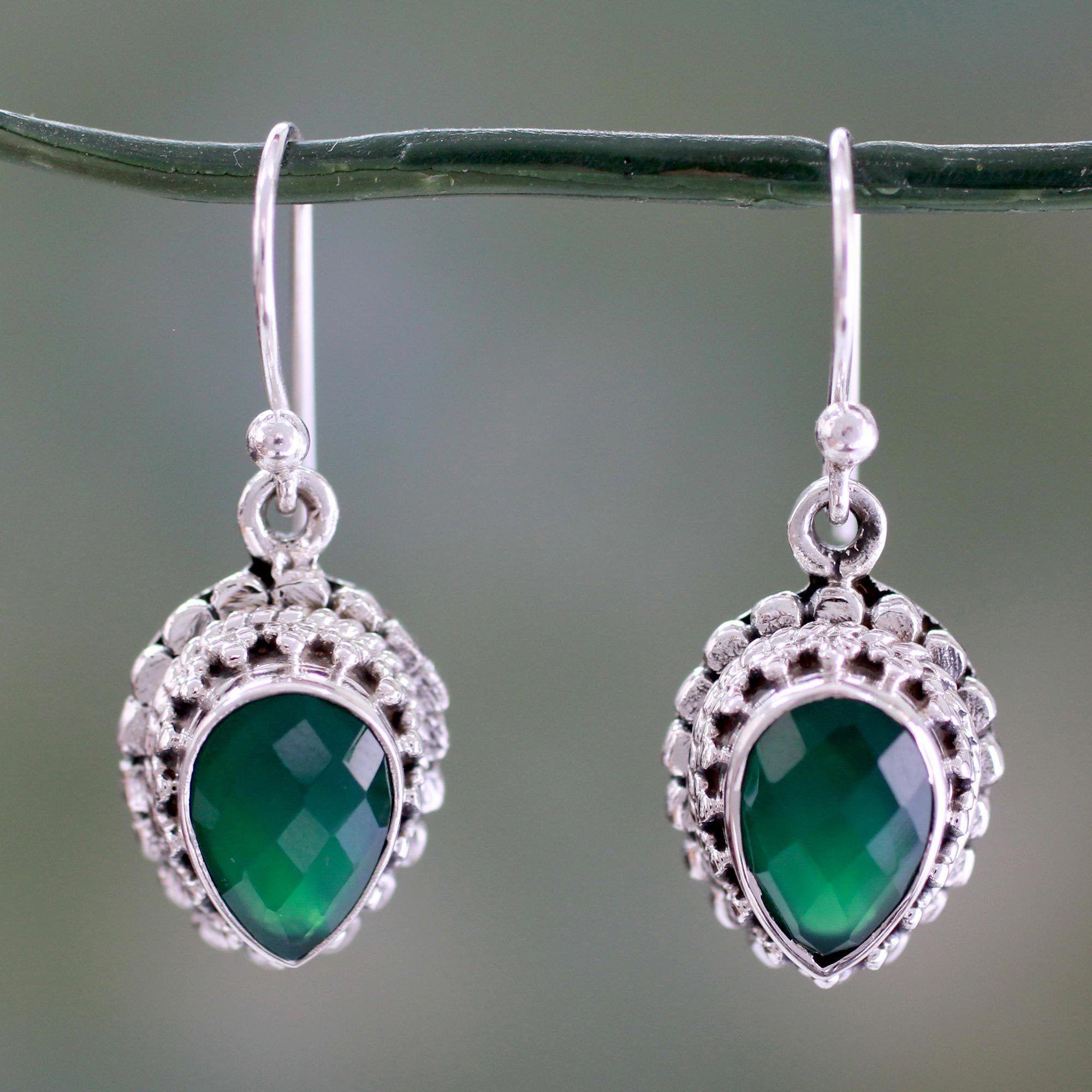 Novica Handcrafted Sterling 'Evergreen Dreams' Onyx Earrings