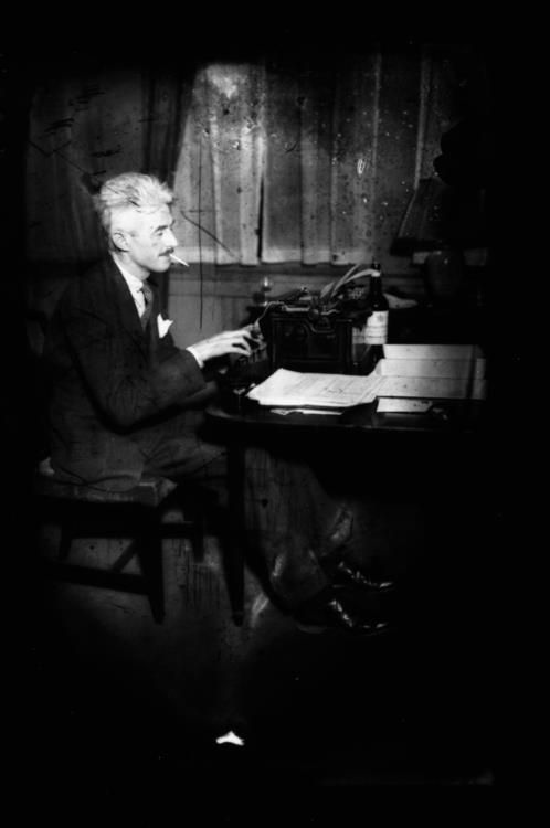 Dashiell Hammett, author of The Maltese Falcon,and theThin