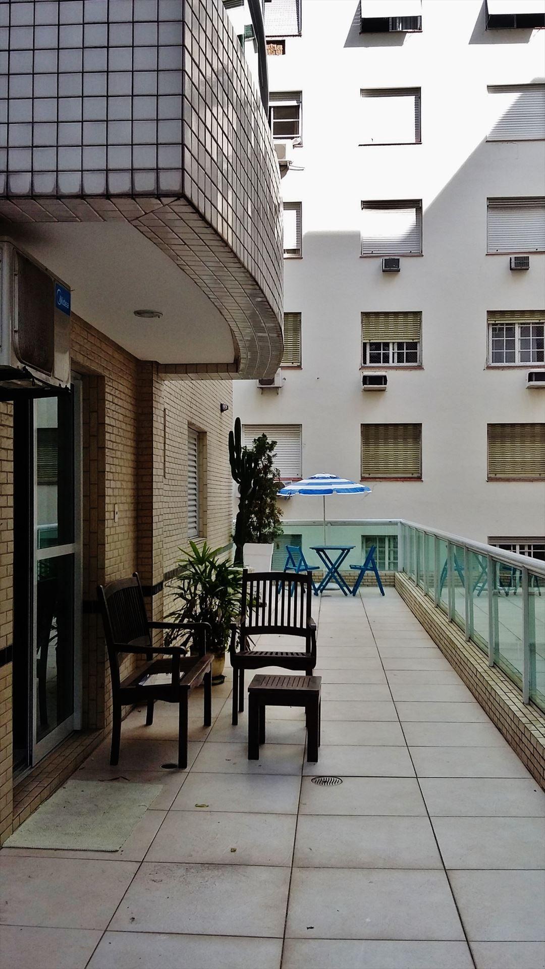 Encontre Apartamento Santos Ref 25 A Izildo Aro Corretor De