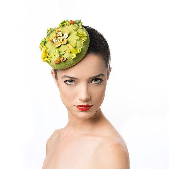 Bestellung grüne Pillbox Fascinator mit Fröschen, 50er Jahre Style ...