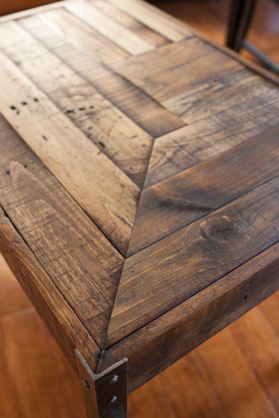 repurposed pallet wood table by karin.hightY.  Pinterest