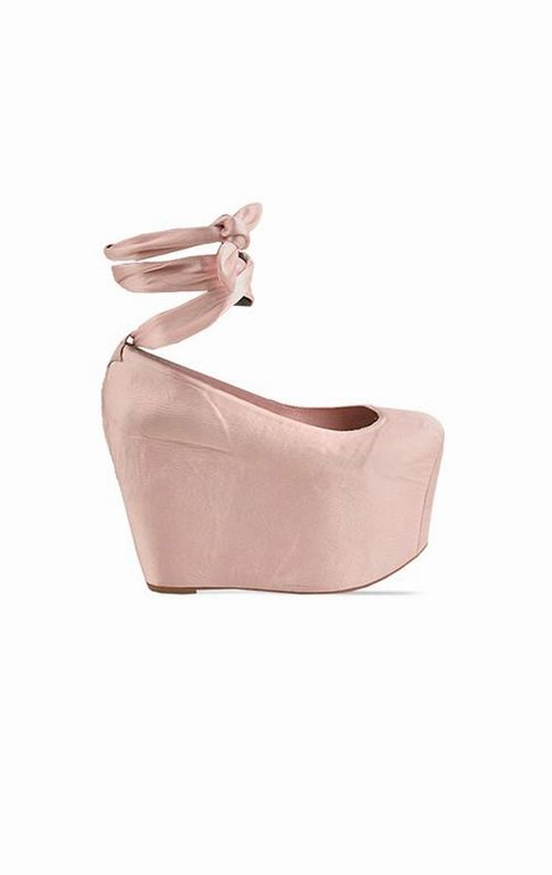 i keep coming back to these jeffrey campbell x wildfox ballet platforms.  stare.