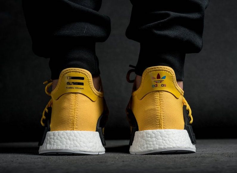 low priced b939a 3dbd9 Watch out for all the fake Adidas NMD Pharrell Williams ...