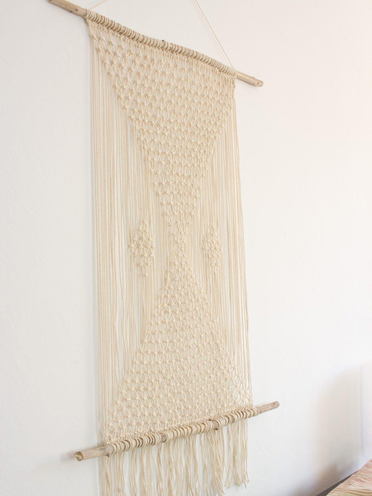 die besten 25 makramee anleitung wandbehang ideen auf pinterest makramee anleitung gardine. Black Bedroom Furniture Sets. Home Design Ideas