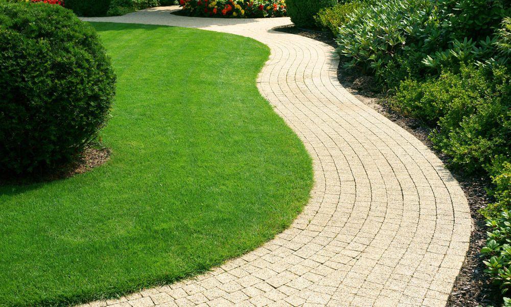 Einen Gartenweg selber anlegen   Gartenweg gestalten ...