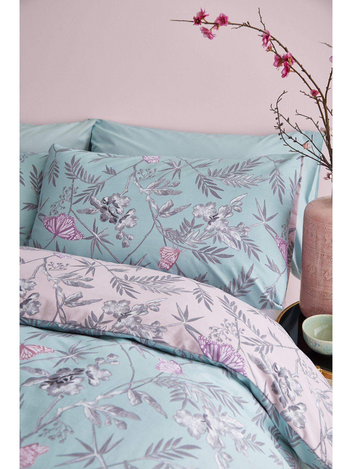 Gracie Reversible Comforter Set Luxury bedding master