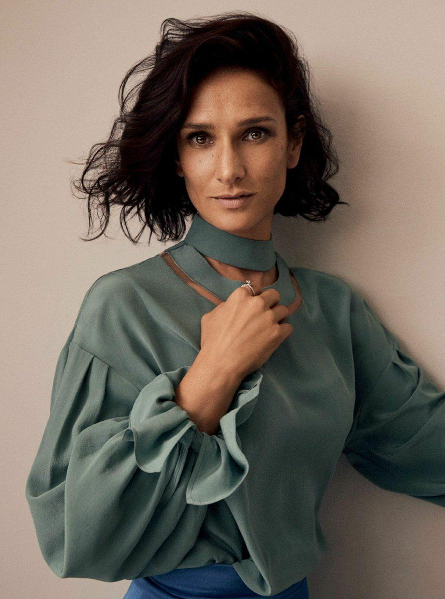 Communication on this topic: Evan-Burrows Fontaine, indira-varma-born-1973/