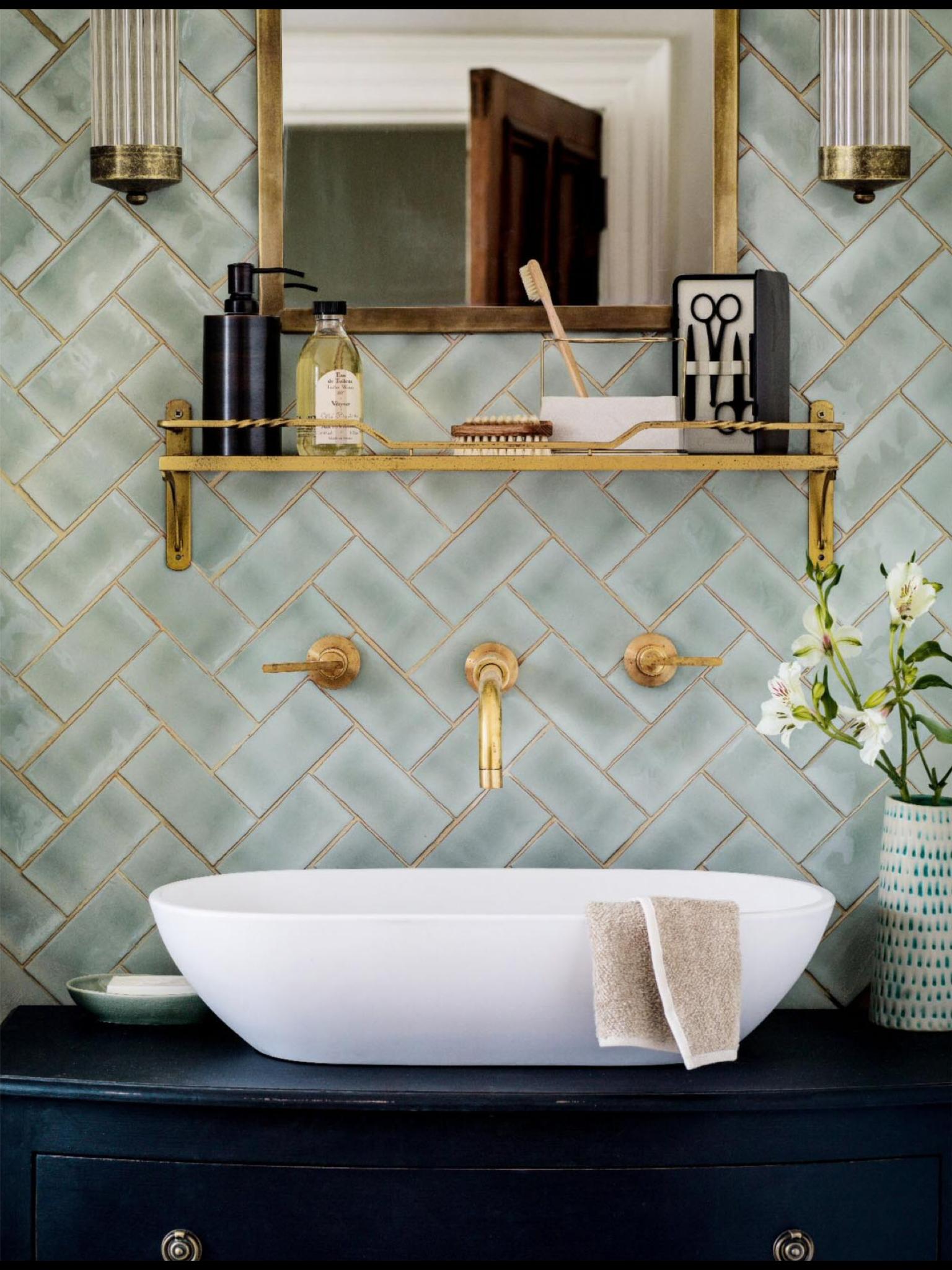 Brass Amp Herringbone Oozes Elegance Bathrooms Amp Powder