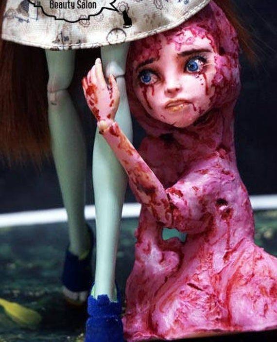 OOAK Monster High Doll Scarah Screams/ Repaint & Costume #ooakmonsterhigh OOAK Monster High Doll Scarah Screams/ Repaint & Costume | Etsy #ooakmonsterhigh