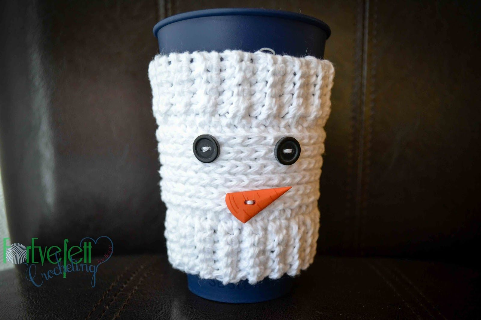Christmas Crochet Coffee Cozy Pattern Round Up | Snowman, Cozy and ...