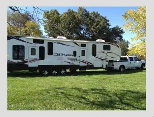Pin By Rv Registry On Fifth Wheels Toy Haulers For Sale