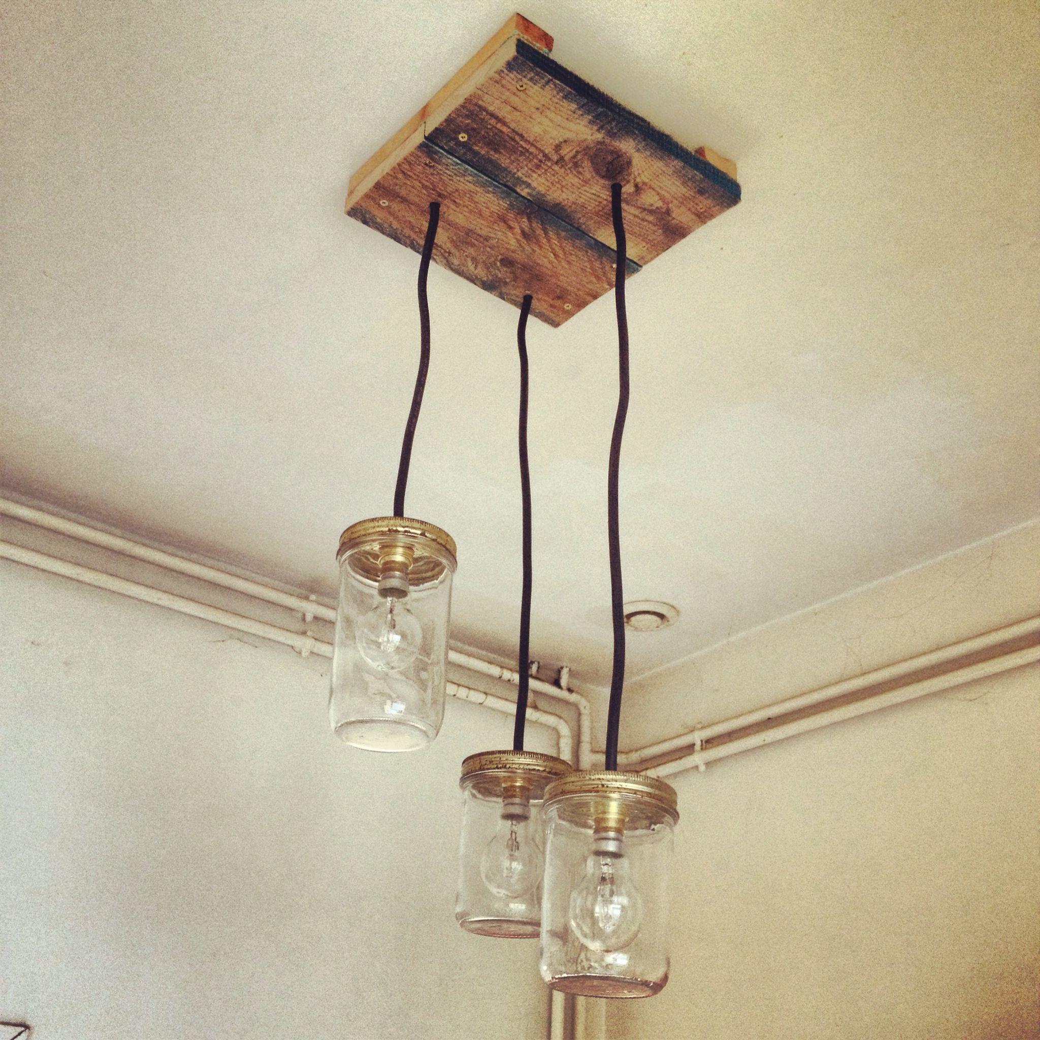 luminaires plafonnier palettes bocaux d coration. Black Bedroom Furniture Sets. Home Design Ideas