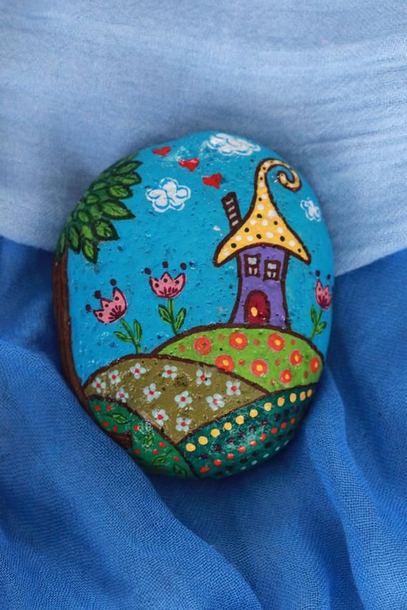 Hand Painted Rocks Elves Home Elf's House Acrylic Painting Sea Beach Stone Art Decor Painted Pebbles