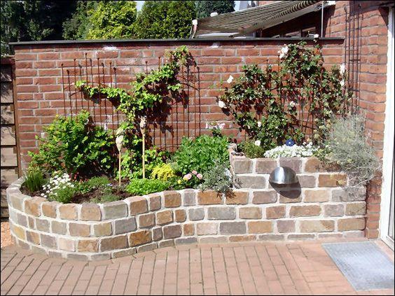 bildergebnis f r garten steinmauer sichtschutzmauer pinterest garden garden beds und. Black Bedroom Furniture Sets. Home Design Ideas