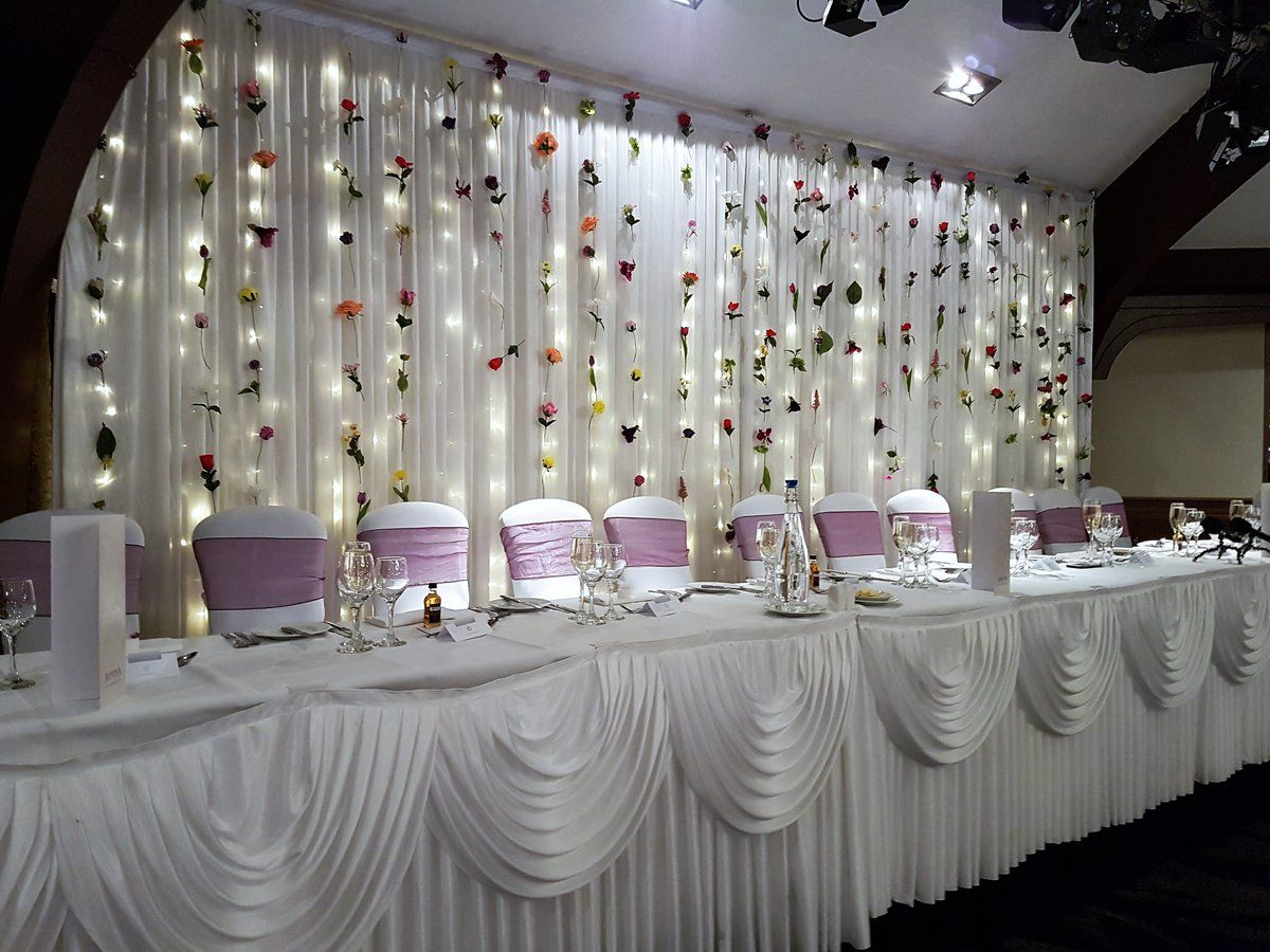 Wedding Backdrop At Airth Castle By Eze Events Wedding Top Table Unique Wedding Receptions Small Wedding Receptions