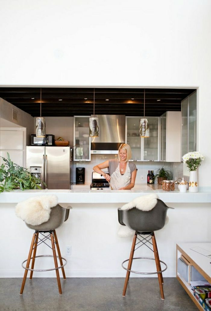 Comment adopter le tabouret de bar dans l 39 int rieur moderne id es pour la maison tabouret - Bar interieur maison ...